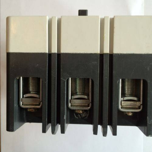 Cutler Hammer EHD 14k 3 pole 100 amp 480v EHD3100 Circuit Breaker, US $200.00 � Picture 3