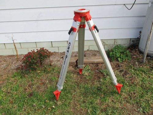 Cst berger aluminum tripod quick release latch  on telescopic legs dome top