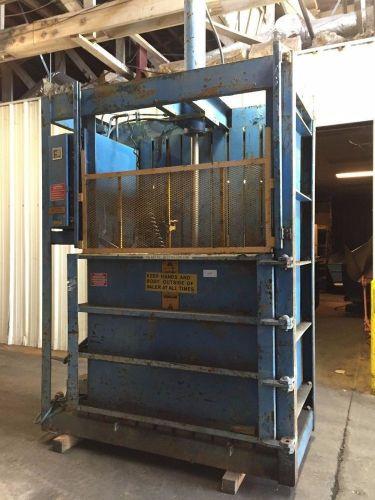 Piqua Series 40 Cardboard Baler   TZSupplies com