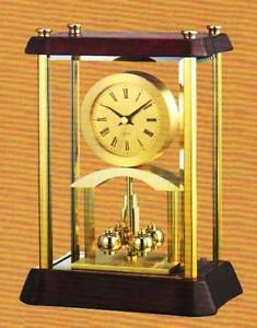 Desktop wooden high gloss mahagony finish executive/mantle clock with brass trim