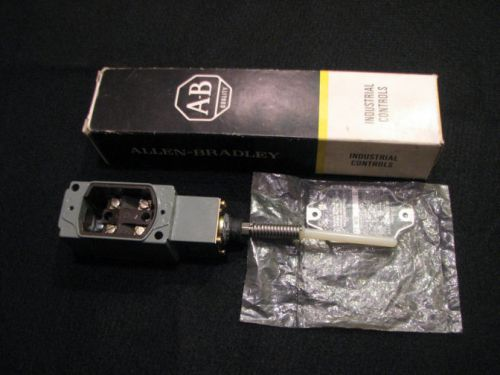 Allen Bradley 802T WS Oiltight Limit Switch C Series Z-18210 Operator Head  AB � Picture 1