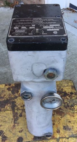 Aro fluid paint heater 651747-2  240v 1p hazardous location lot#1156.