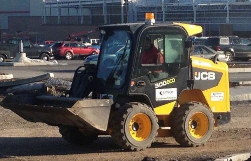 Used 2011 jcb 300 side door safety wheeled skid steer for home or construction