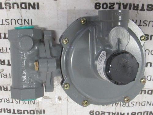 FISHER CONTROLS LP Propane Gas Regulator R922 USED