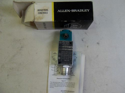 (e5) 1 new allen bradley 802m-npj1 limit switch