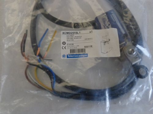 TELEMECANIQUE XCMD2515L1 Limit Switch, New in Package, US $150.00 – Picture 6