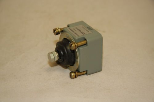 Cutler Hammer E50DT2 Limit Switch Operating Head Adj Top P.B. Eaton New E50, US $50.00 – Picture 4