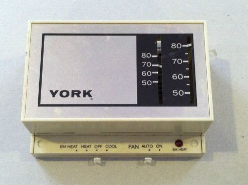 YORK HEAT PUMP TSTAT T841A1274 LOW VOLTAGE 24V   TZSupplies com