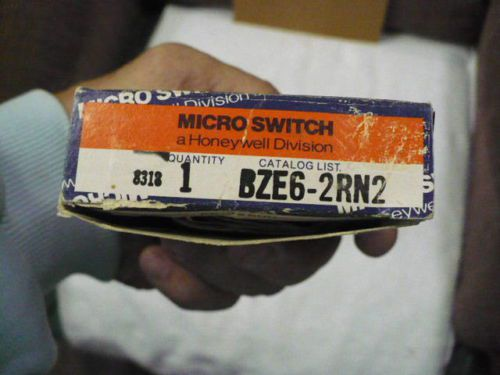 Lot of 5: Honeywell Microswitch BZE6-2RN2 (NOS)  U.S.A.!!, US $144.15 � Picture 5