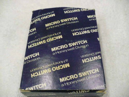 Lot of 5: Honeywell Microswitch BZE6-2RN2 (NOS)  U.S.A.!!, US $144.15 � Picture 8