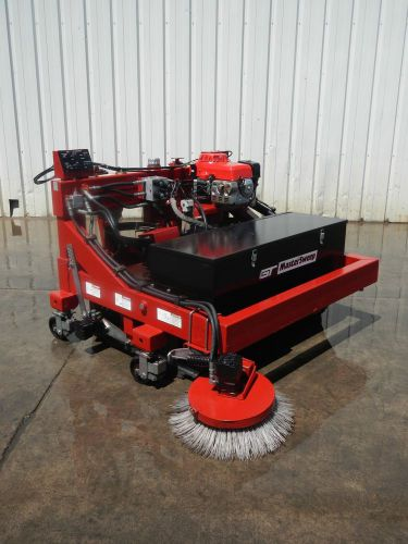 Gt master sweep mastersweep m10000 parking lot warehouse forklift sweeper