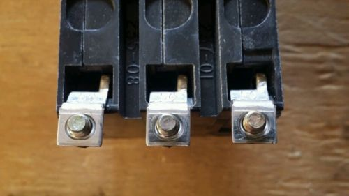 New! - no box square d 3-pole 20a circuit breaker qob320