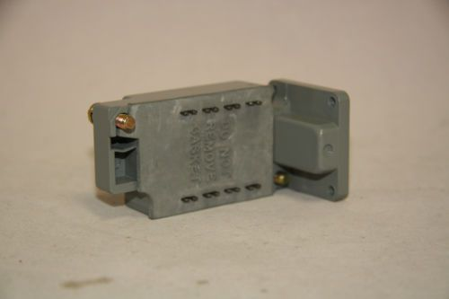 Cutler Hammer E50SN Limit Switch Contact Body 600V Nema B600 Pilot Duty New, US $75.00 � Picture 2