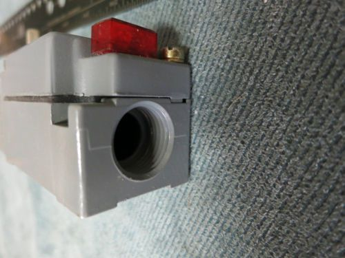 Cutler Hammer Limit Switch E50SAN Lever Arm Type, US $75.00 � Picture 3