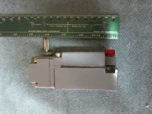 Cutler Hammer Limit Switch E50SAN Lever Arm Type, US $75.00 � Picture 4