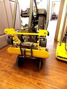 Wacker neuson soil compactor plate with wheel kit - vp1340 0008705