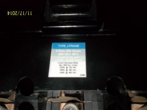 Westinghouse  3 pole 200 amp 600 volt circuit breaker � Picture 4