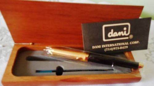 Exclusive Dani black&gold Ballpoint Pen in wood Case new � Picture 2
