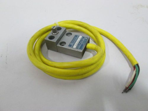 New telemecanique ms04s01-00 limit switch 125/250v-ac 5a amp d319733