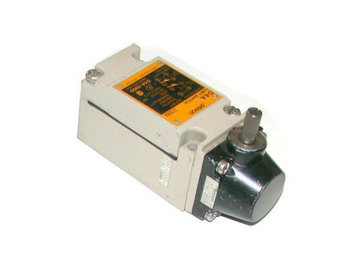 Omron oil tight limit switch  10 amp model d4a-0900
