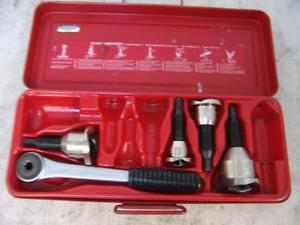 Slightly used rothenberger 22124 tee extractor set