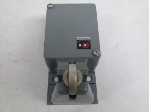 Cutler hammer 10316h10d roller arm limit switch control d207756
