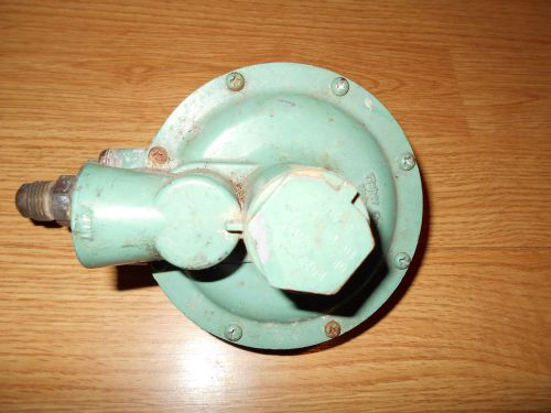 FISHER CONTROLS LP Propane Gas Regulator R922 USED cheap wow