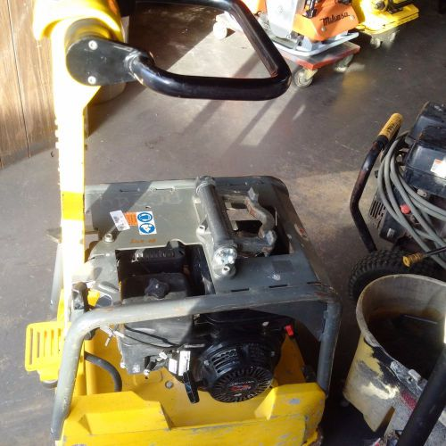 Wacker bpu3050 reversible plate compactor, honda powered