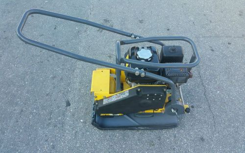 "Bomag bvp18/45 plate compactor,17"" width,4050 lbs force,honda engine /2015 year"