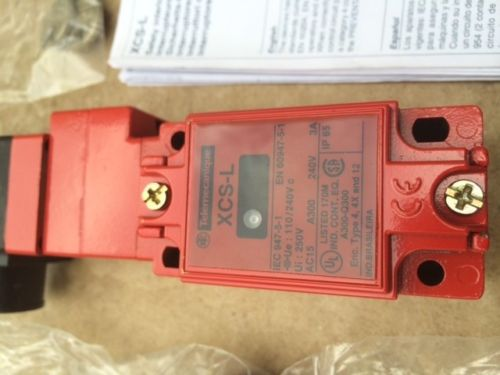 TELEMECANIQUE XCS-L / XCSL764F3 SAFETY INTERLOCK LIMIT SWITCH NEW, US $51.99 � Picture 4
