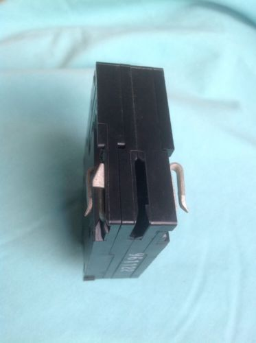 CHALLENGER,CROUSE-HINDS Circuit Breaker C220,A220 - 2 pole 20A , 208/240V- NEW, US $38.00 – Picture 2