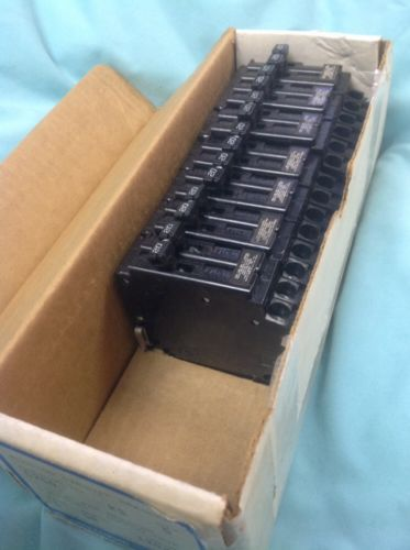 CHALLENGER,CROUSE-HINDS Circuit Breaker C220,A220 - 2 pole 20A , 208/240V- NEW, US $38.00 – Picture 3
