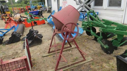 Seares concrete mixer