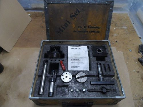 System 3r Edm Tooling Mini Set 3r 31 2 Chuck Mini Block