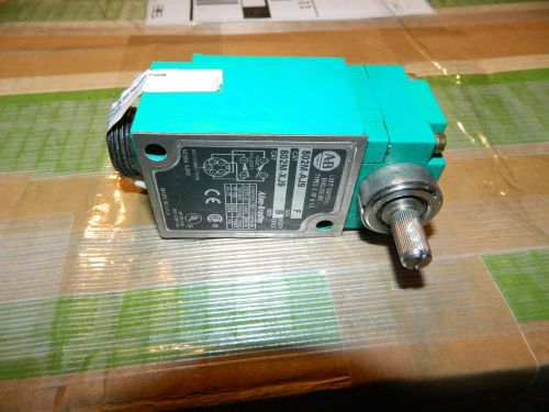 Allen bradley limit switch 802m-aj9  body 802m-xj9