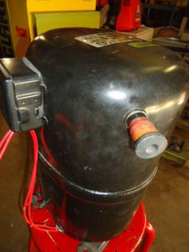 Bristol Compressor Plug