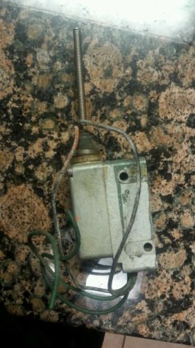 Micro Switch by Honeywell 208LS1 Precision Limit Switch - serial #2 - USED, US $39.00 – Picture 4