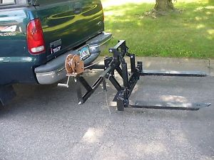 Hitch lift for more room on your truck to easily transport your utility box.