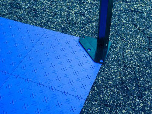 Plastic garage floor tiles