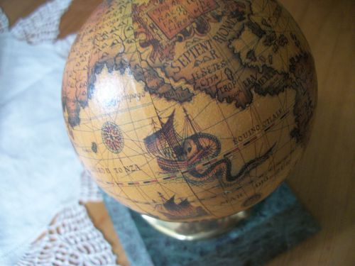 "Pair of vtg old world map 4"" diameter globe bookends w 5x4.75"" green marble base"