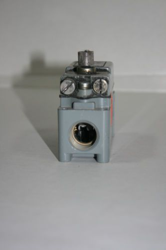 Square D 600v Limit Switch 9007 aw-16, US $89.99 – Picture 3